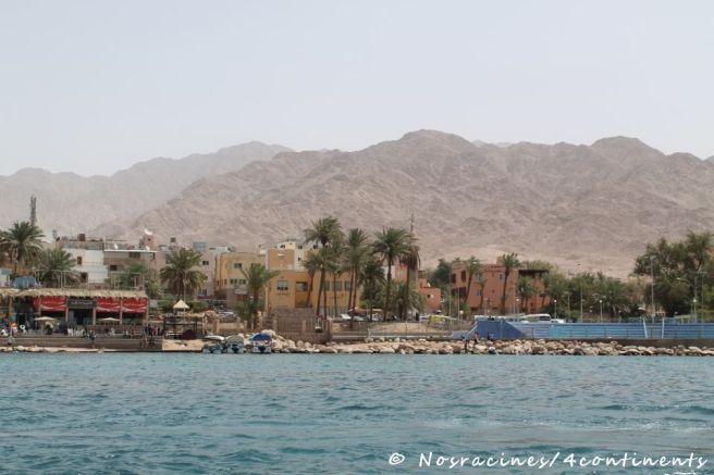 La ville d'Aqaba, vue de la mer