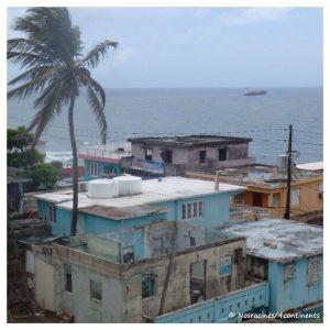 Les habitations modestes de San Juan, Porto Rico -