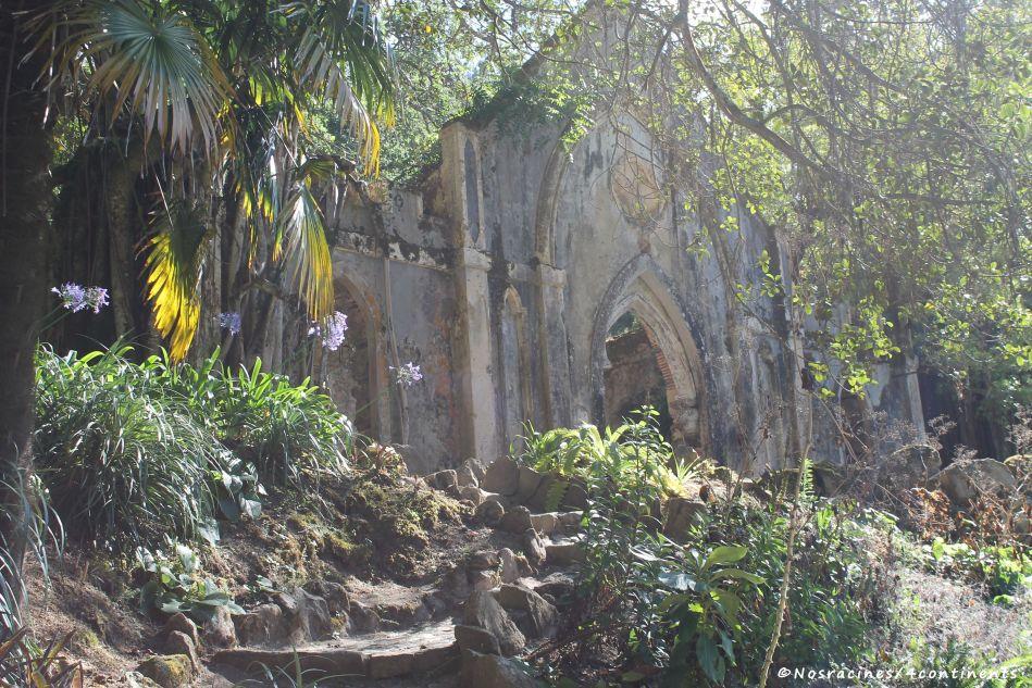 La chapelle et ses fausses ruines, Palais de Monserrate