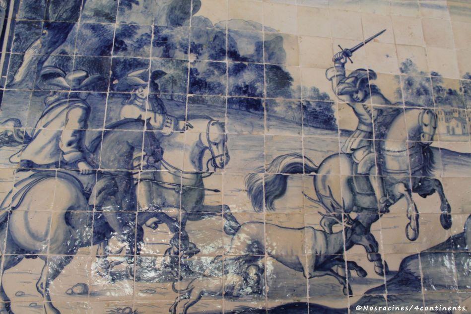 Un exemple des nombreux azulejos de la Salle des blason, Palais national de Sintra