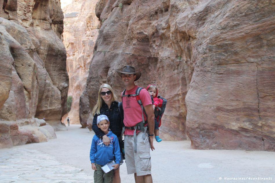 Notre famille sur le site de Pétra, en Jordanie