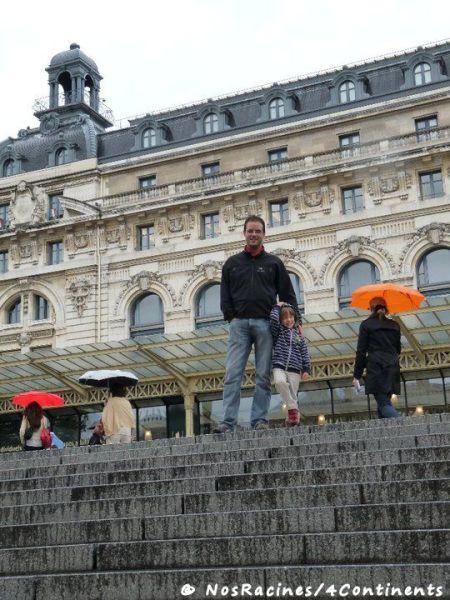 À la sortie du Musée d'Orsay