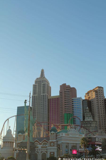 Les montagnes russes qui entourent le New York - New York