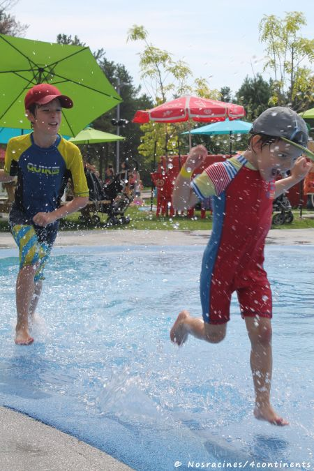 Les jeux d'eau pendant la saison estivale