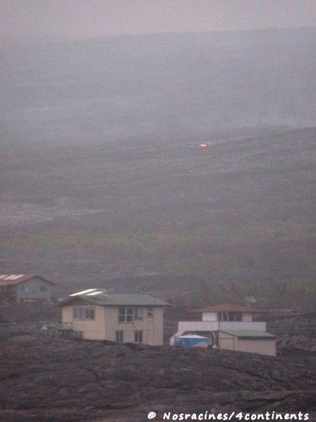 Des habitations avec la coulée de lave tout près... Big Island