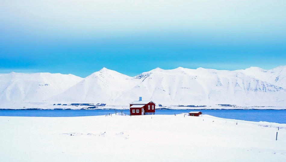 voyage-authentique-en-islande-tripconnexion-paysage-enneige