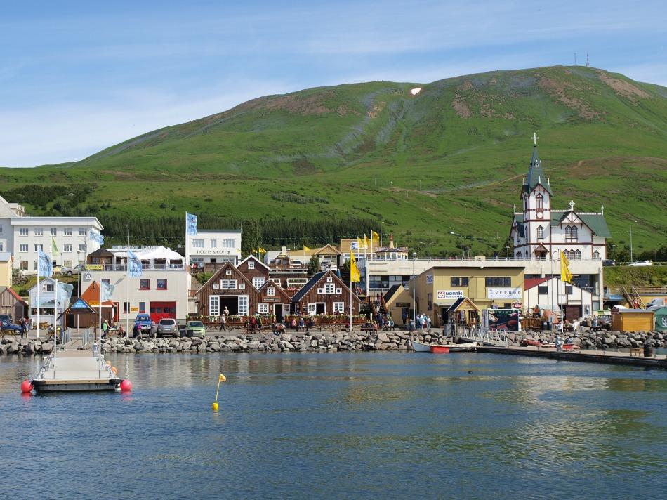 voyage-authentique-en-islande-tripconnexion-village