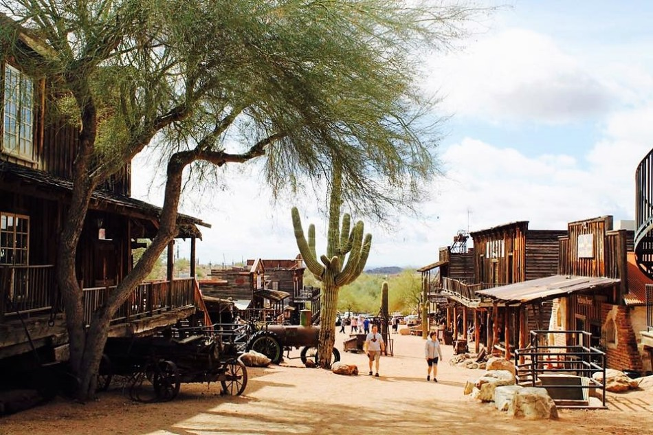 Goldfield_Ghost_Town_1 (2)
